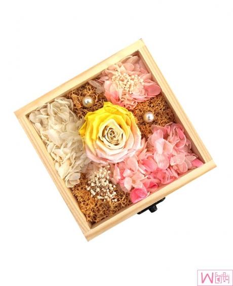 多彩玫瑰永生花木盒礼盒 - 黄粉色