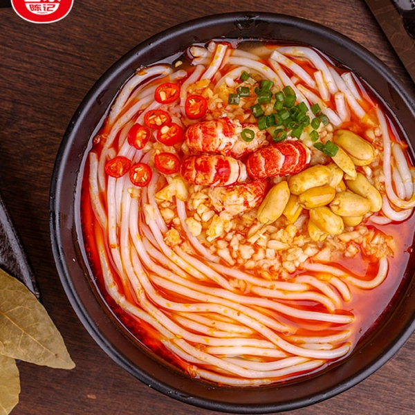 Baijia Chenji Garlic Crayfish Flavor Noodles 270g, 白家陈记蒜蓉小龙虾味勾魂米线 方便速食麻辣过桥粗米线,包邮