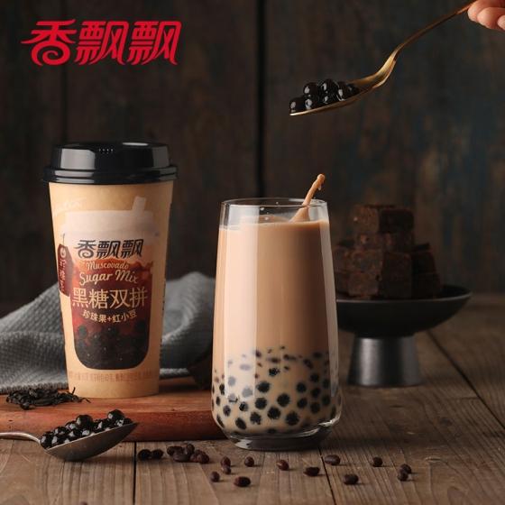 Xiang Piao Piao Milk Tea Brown Sugar Boba + Red bean 90g* 4 cups, 香飘飘奶茶 黑糖珍珠双拼4杯 整箱装礼盒早餐下午茶代餐杯装奶茶 包邮